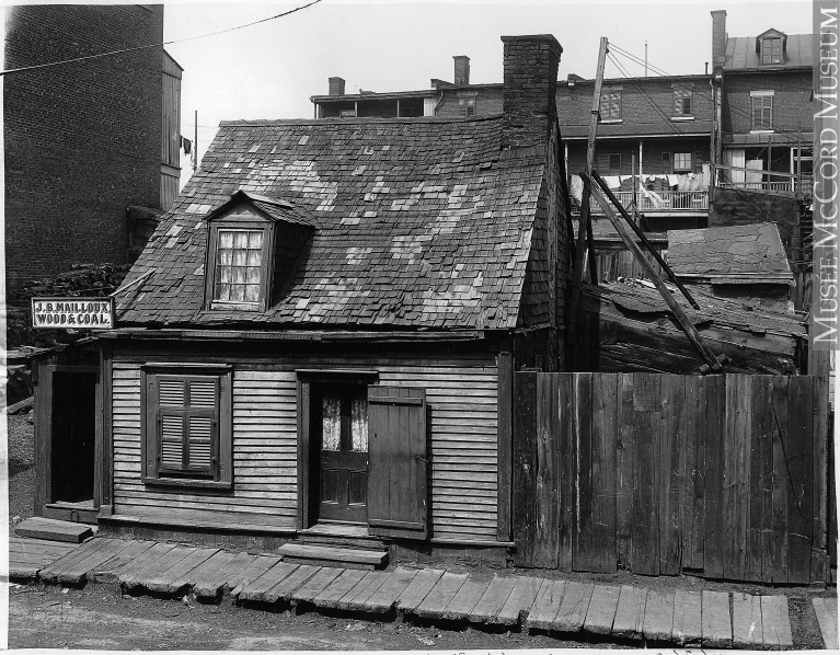 J.B. Mailloux, Wood & Coal, Barré St., Montreal, QC, 1903. Wm. Notman & Son. Image: McCord Museum, II-146360.